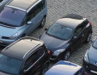 parking-825371_1920-1.jpg